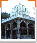 Dargah Qutub Sahib